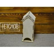 Чайный домик с боковыми карнизами на крыше