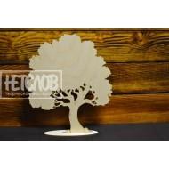 Лиственное дерево